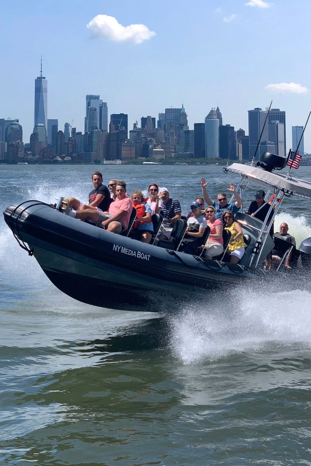 Explore NYC's Top Sights by Speedboat
