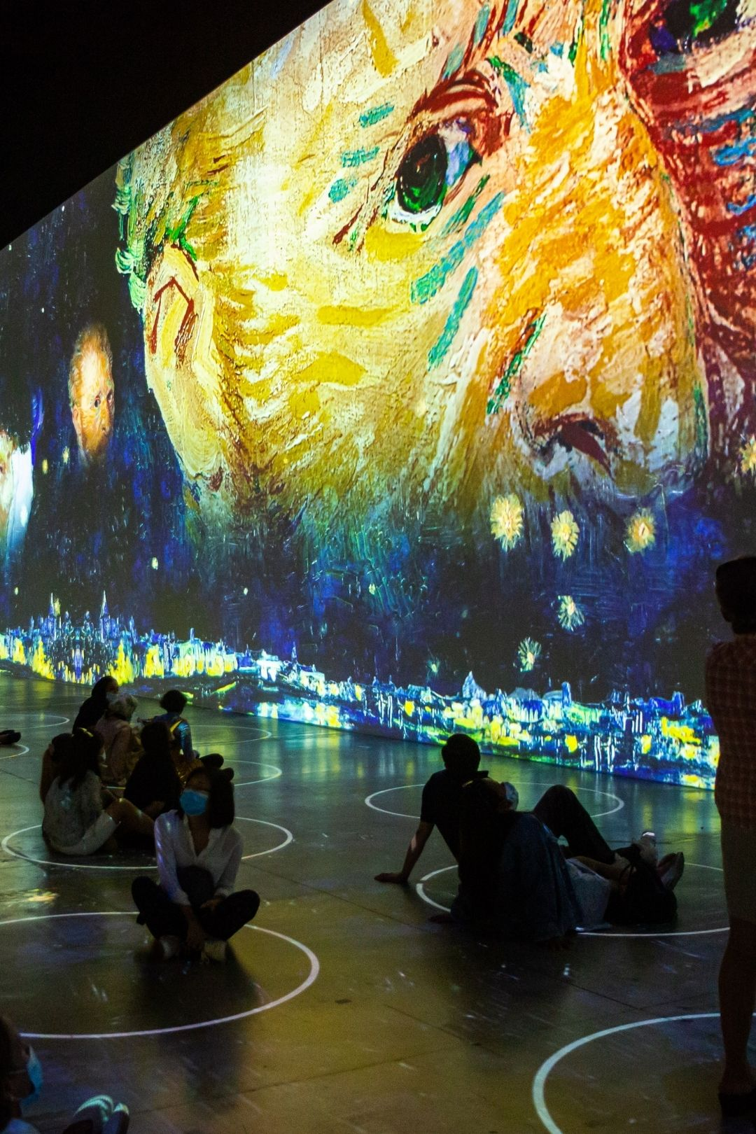 Immersive Van Gogh In Chicago